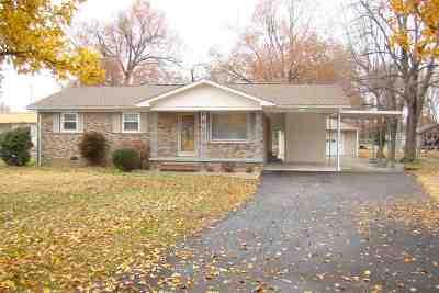 McCracken County Single Family Home For Sale: 2320 Hovekamp