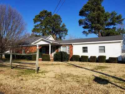 Paducah Single Family Home Contract Recd - See Rmrks: 739 Milliken Drive