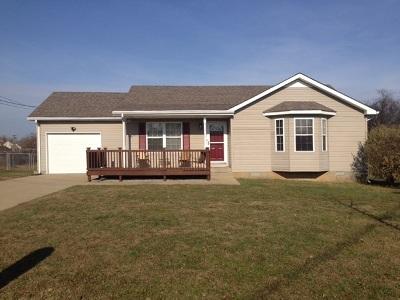 Oak Grove KY Single Family Home For Sale: $129,900
