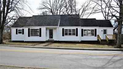 Cadiz Single Family Home For Sale: 166 Main St.