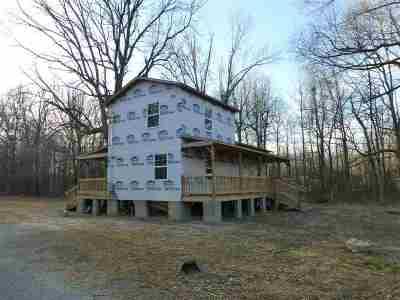 McCracken County Single Family Home Contract Recd - See Rmrks: 1325 Oaks Road