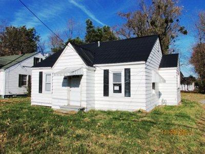 McCracken County Single Family Home Contract Recd - See Rmrks: 3208 Benton Road