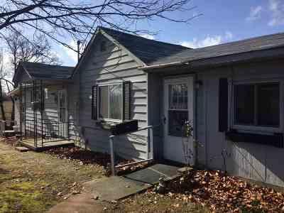 McCracken County Single Family Home For Sale: 1070 Lebanon Church Rd