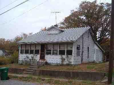 Ballard County Single Family Home For Sale: 352 Cumberland St.