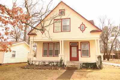 McCracken County Single Family Home For Sale: 3108 Madison Street
