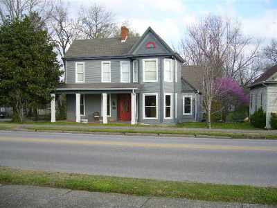 Single Family Home For Sale: 111 Main Street