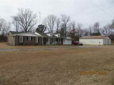 Fancy Farm KY Single Family Home For Sale: $140,000