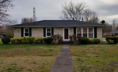 McCracken County Single Family Home For Sale: 3109 Alpha