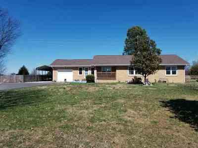 Benton Single Family Home Contract Recd - See Rmrks: 3527 E Us Hwy 68