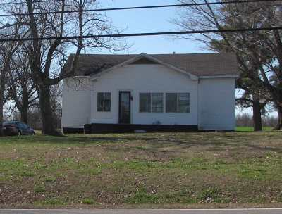 Calvert City KY Single Family Home For Sale: $49,000