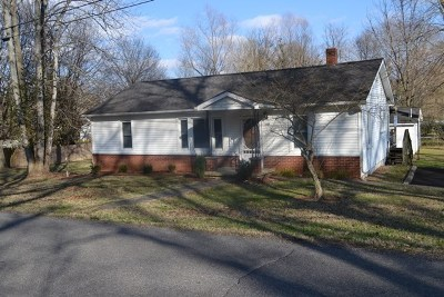 Calvert City KY Single Family Home Contract Recd - See Rmrks: $84,900