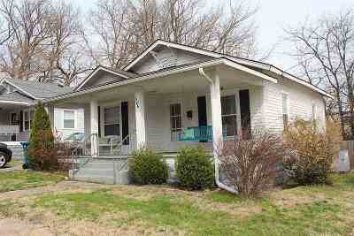 Murray Single Family Home For Sale: 306 N 5th Street