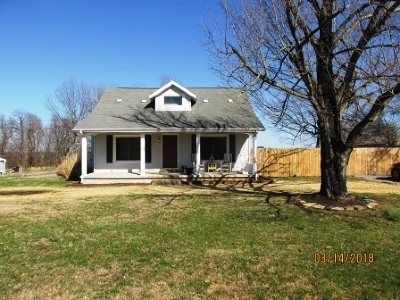 Hickory Single Family Home For Sale: 6176 St. Rt. 1241