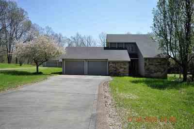 Gilbertsville Single Family Home For Sale: 168 Delaware Road