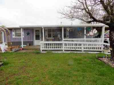 Benton Single Family Home For Sale: 204 E 19th St