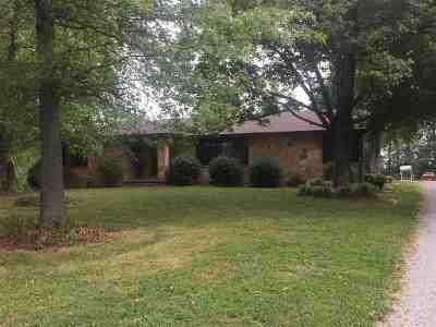 Caldwell County Single Family Home Contract Recd - See Rmrks: 3250 Old Fredonia Road