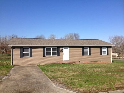 Benton Single Family Home Contract Recd - See Rmrks: 1002 Red Fox Court