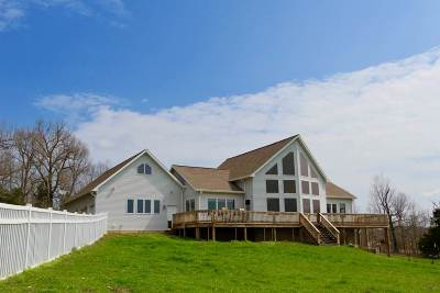 Caldwell County Farm For Sale: 452 Gosche Hollow Rd.
