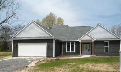 Calvert City Single Family Home Contract Recd - See Rmrks: 28 Martha Williams Lane