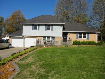 Mayfield Single Family Home Contract Recd - See Rmrks: 117 Golf Cart