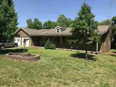 Benton Single Family Home Contract Recd - See Rmrks: 3241 Curd Rd