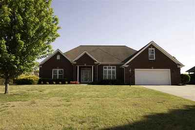 Paducah Single Family Home Contract Recd - See Rmrks: 415 Forest Ridge Drive