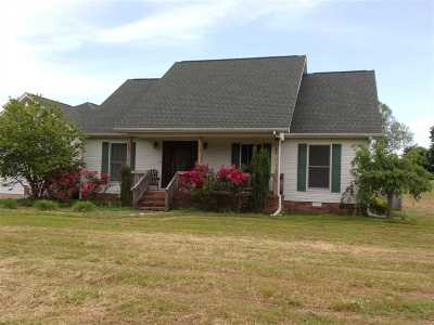 Mayfield Single Family Home Contract Recd - See Rmrks: 550 Fox Rd