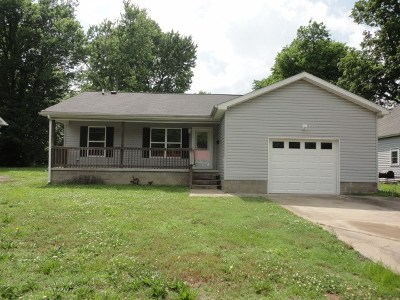 Mayfield Single Family Home For Sale: 205 S 14th