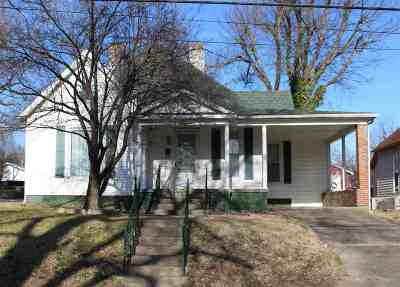 Caldwell County Single Family Home Contract Recd - See Rmrks: 808 West Main