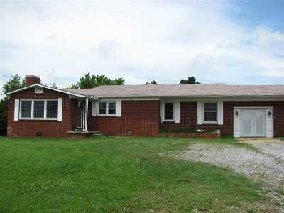 Mayfield Single Family Home Contract Recd - See Rmrks: 8276 S St Rt 121