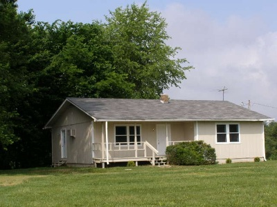 Hickory Single Family Home Contract Recd - See Rmrks: 4521 State Route 440