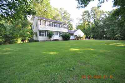 Benton Single Family Home Contract Recd - See Rmrks: 1329 Forest Drive