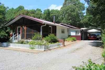 Lyon County, Trigg County Single Family Home For Sale: 93 Lakeshore Dr