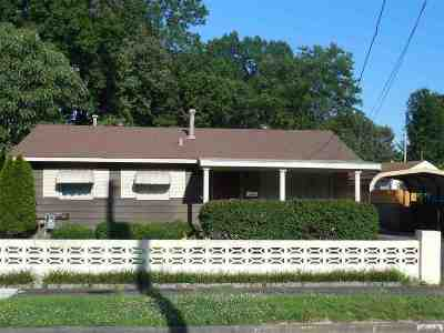 McCracken County Single Family Home Contract Recd - See Rmrks: 2520 Alabama St.