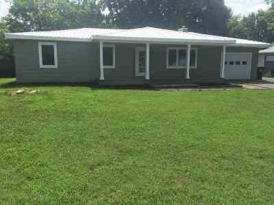 Grand Rivers KY Single Family Home Contract Recd - See Rmrks: $159,900