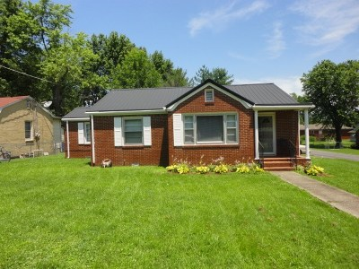 Mayfield Single Family Home Contract Recd - See Rmrks: 301 Parker St