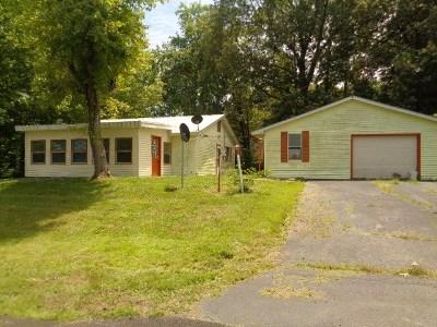 Hardin Single Family Home Contract Recd - See Rmrks: 728 Treasure Island Rd