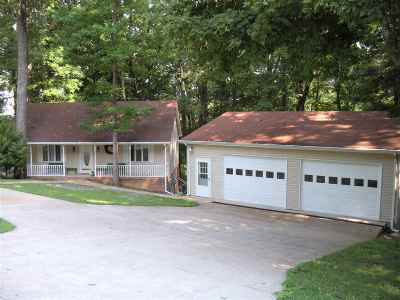 Single Family Home Contract Recd - See Rmrks: 416 Cumberland Dr