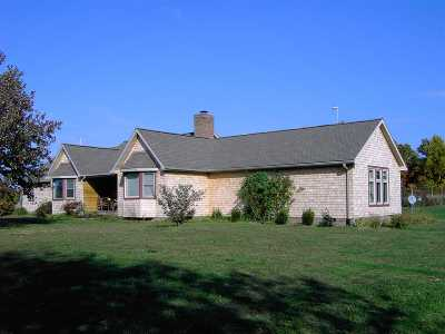 Eddyville KY Single Family Home Contract Recd - See Rmrks: $379,000