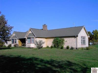 Eddyville Farm For Sale: 210 Cummins Lane