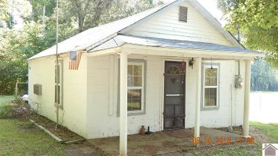 Marshall County Single Family Home Contract Recd - See Rmrks: 1714 Aurora Hwy
