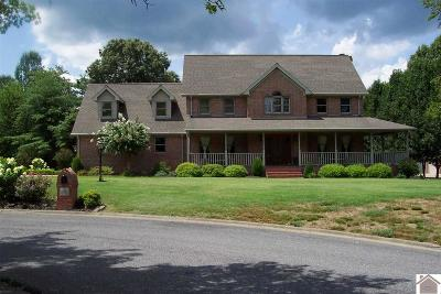 Paducah Single Family Home Contract Recd - See Rmrks: 15 Park Place