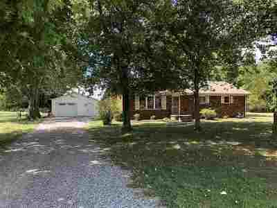 Benton Single Family Home Contract Recd - See Rmrks: 134 Vicksburg Estates Rd.