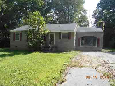Trigg County Single Family Home For Sale: 109 Nunn Blvd