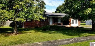 Hardin Single Family Home For Sale: 222 Commerce St