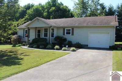 Graves County Single Family Home Contract Recd - See Rmrks: 1004 Weda Circle