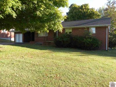 Eddyville Single Family Home Contract Recd - See Rmrks: 402 Jenkins Road