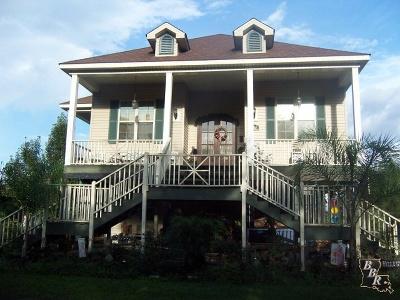 Houma Single Family Home For Sale: 4765 Grand Caillou Road