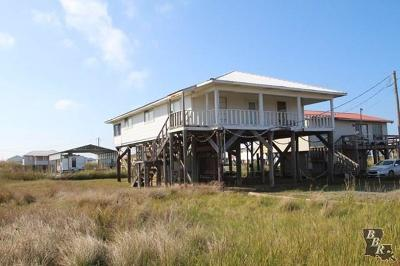 Grand Isle Single Family Home For Sale: 159 Peach Street