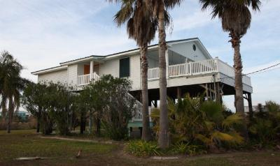 Grand Isle LA Single Family Home For Sale: $244,900